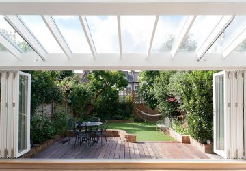 Decking and garden in London - Photo by GranitArchitects