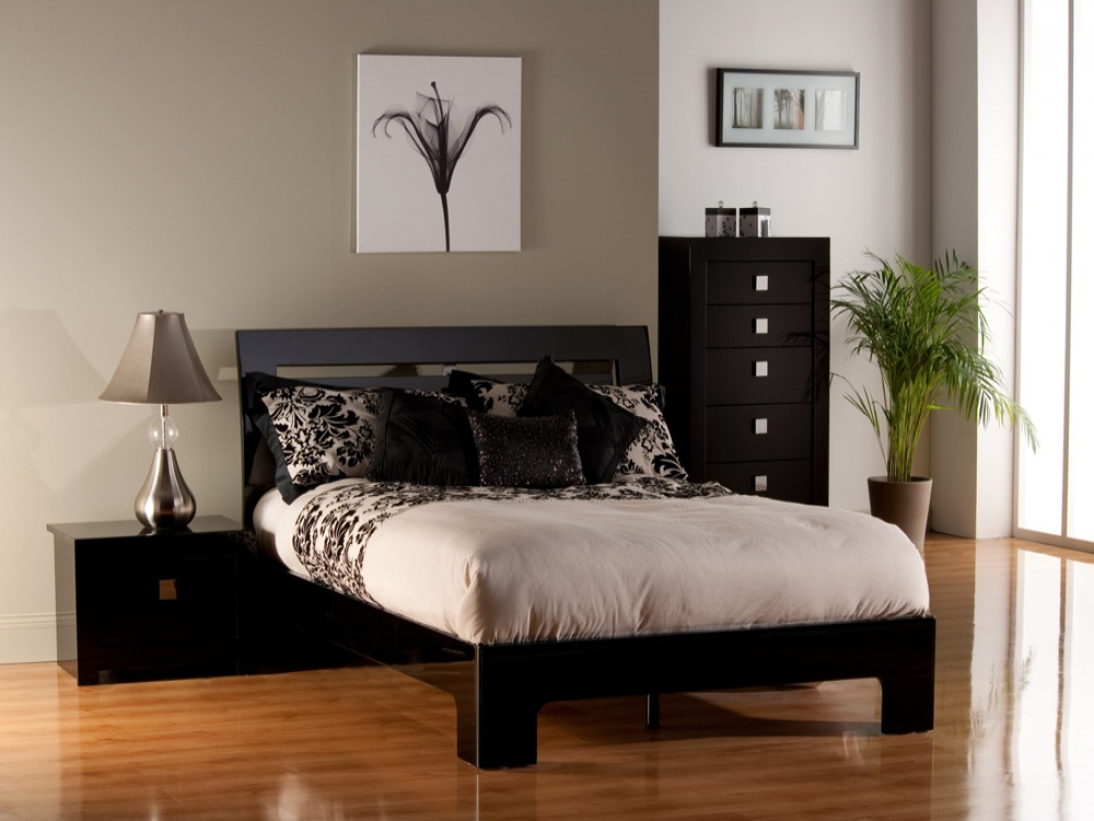 Modena Black High Gloss Bed