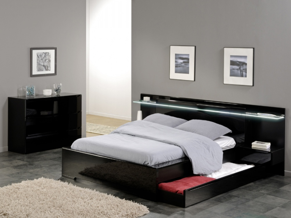 10 stunning modern bed designs. Black Bedroom Furniture Sets. Home Design Ideas