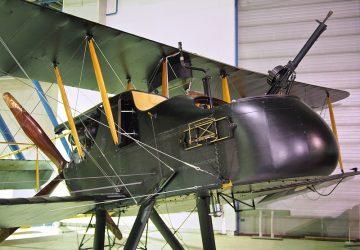 Royal Aircraft Factory FE2b - Photo by David Farquhar