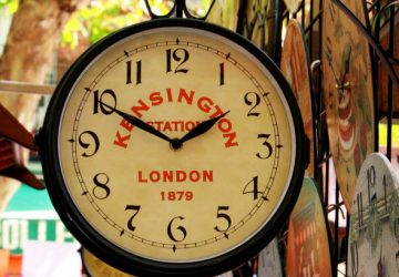 Kensington Station Clock - Photo by dee_gee