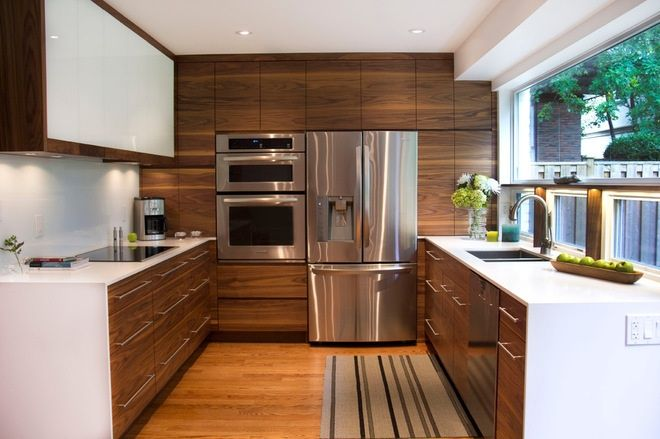 Modern kitchen with wood influence