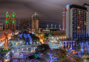 San Antonio (Texas) lights - Photo by Brandon Watts