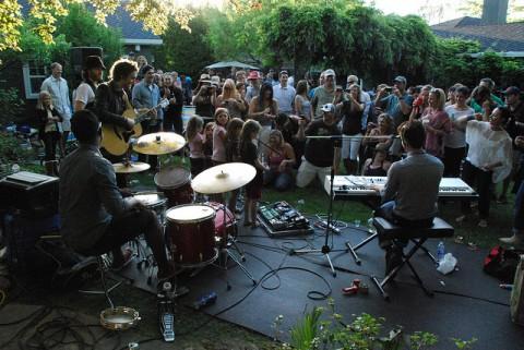 Bertani backyard concert - Photo by mtnbikrrrr