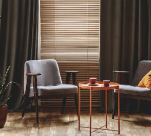 Lounge with venetian blinds