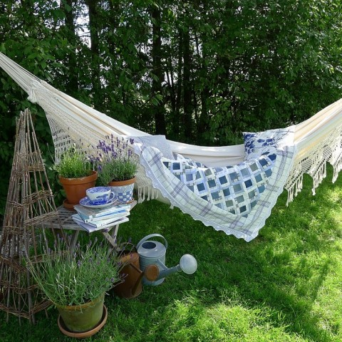 Garden hammock - Photo by norskeinteriorblogger.blogspot.com