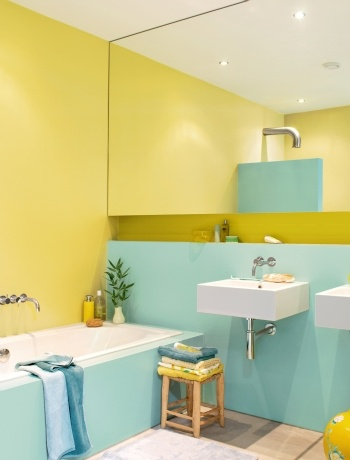 Bright pastel spring bathroom