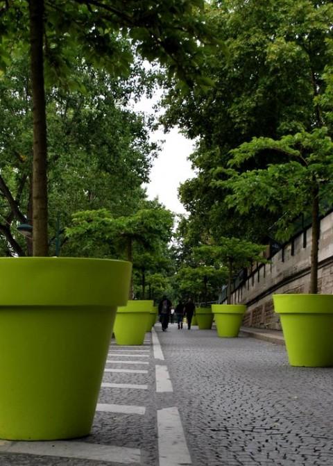 Giant plant pots - Terra Form
