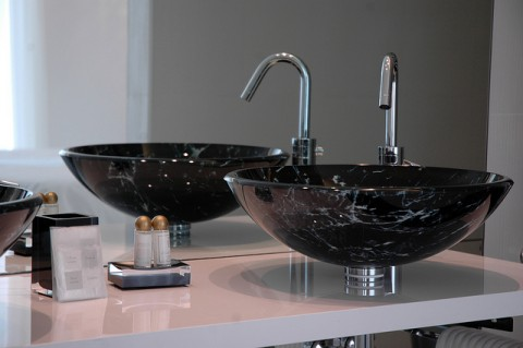Modern luxury bathroom sink