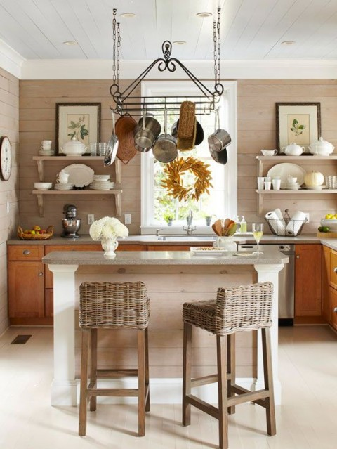 Autumn kitchen with dining area