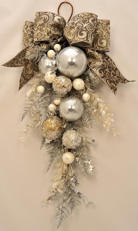 Elegant Christmas - Stunning Ornament and Crystal Christmas Swag