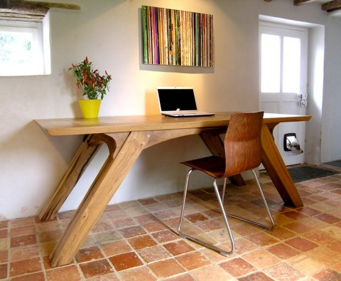 Bespoke table - Found on makersbespokefurniture.com