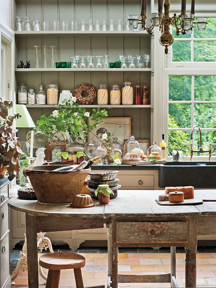 Eight autumn inspired kitchens for Country living modern rustic issue 4