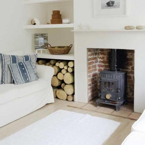 Simple living room shelving