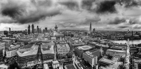 London Panorama in black and white - by Luc Mercelis