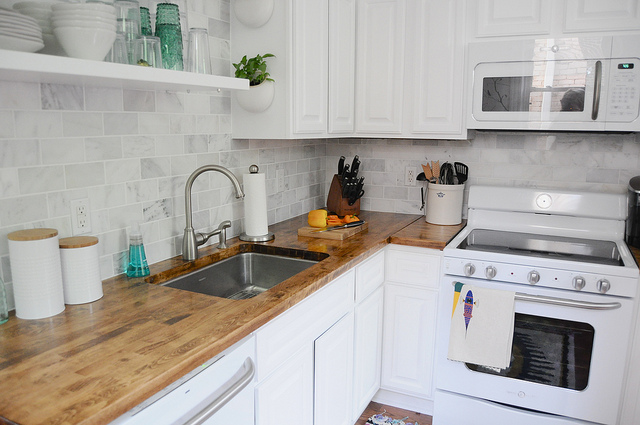 Basics On Choosing The Right Kitchen Countertop Material
