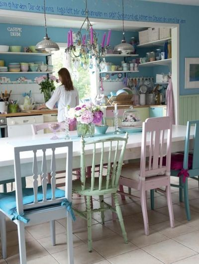 This has to be my favourite inspiration for a spring kitchen as it is