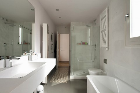 White Bathroom- By Lucas Fox Barcelona