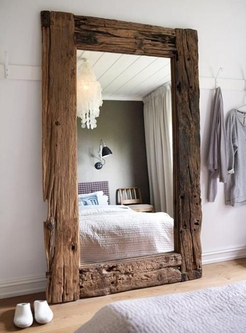 Upcycling Design - Mirror Framed with Reclaimed Wood