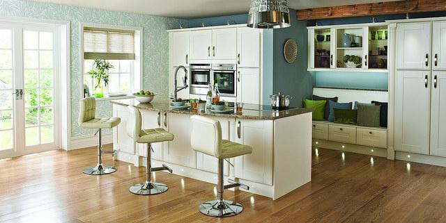 Modern & Sleek Kitchen