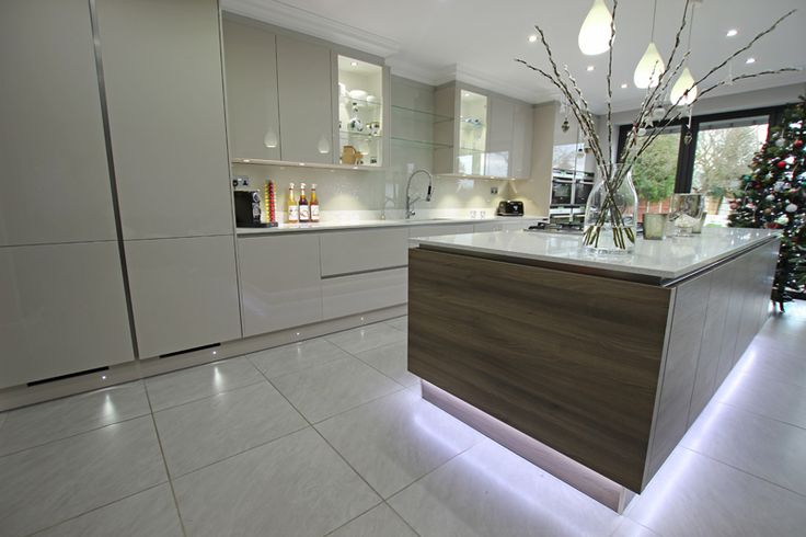 Great Ways For Lighting A Kitchen: 10 Ways To Light Your Kitchen To Achieve The Right Look