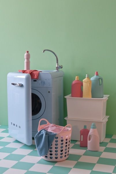 Funky Kitchen Appliances To Brighten Up Your Kitchen - Pale Blue Smeg Washing Machine