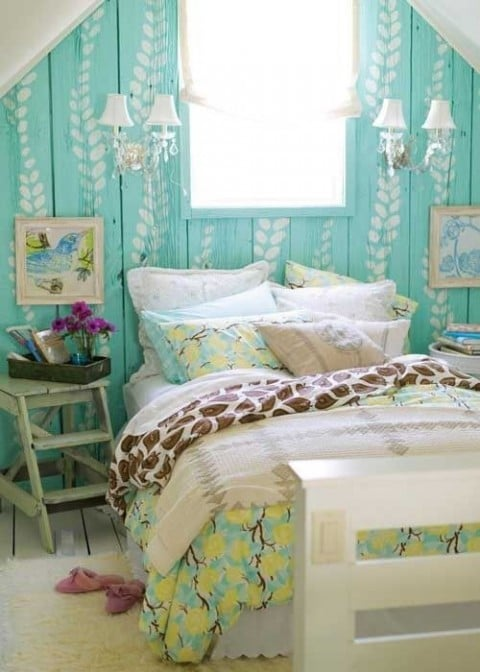 Five Ways To Brighten A Dull And Boring Bedroom - Pastel blue Painted Walls