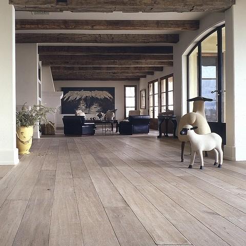 Wood Flooring Interior Design Trends - Herringbone