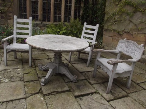 How To Turn Old Wooden Furniture Into Stylish Seating