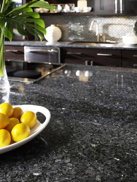 How to Pick the Right Kitchen Worktop - Granite Worksurface