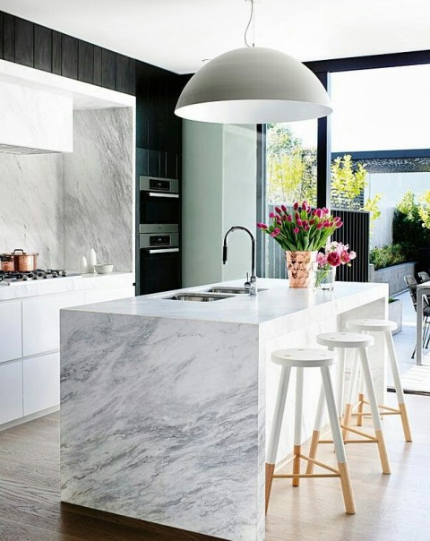 How to Pick the Right Kitchen Worktop - Marble Worksurface