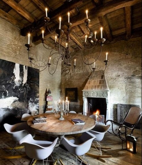 10 Stunning Dining Room Designs To Inspire You In Time For Christmas - Round Dining Table