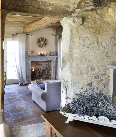 Inspiration to Give Your Home a Cottage Look - Tuscany Cottage Interior