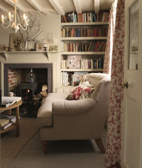 Inspiration to Give Your Home a Cottage Look - cosy cottage look