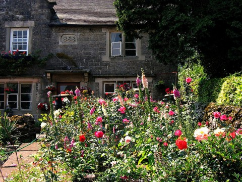 6 Ways To Add Value To The Exterior Of Your Property - Cottage Garden