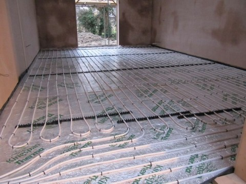 Is underfloor heating more efficient than conventional heating?