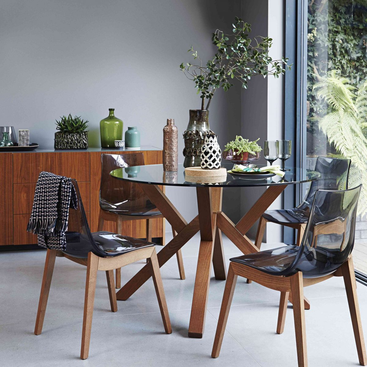 How To Obtain The Furniture Village Natural Woodland Style Within Your Home