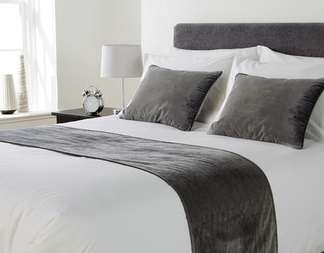 How To Tailor Furnishing For Student Accommodation - Mitre Linen Regency Bed Runner.