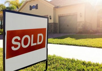 House Not Selling? You Need To Read This - Image By American Advisors Group