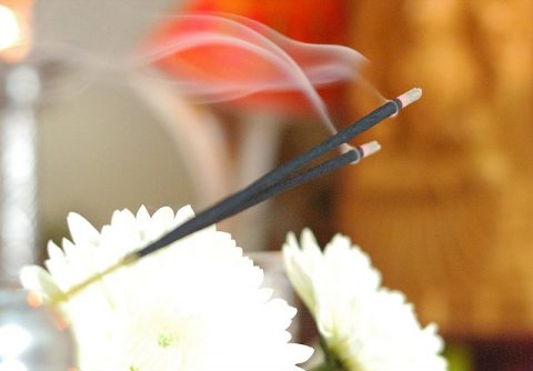 6 Ways To Add Scented Aromas To Your Home - Incense sticks