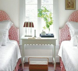 5 Clever Space-Saving Ideas For Small Bedrooms - Image From ElleDecor.com - Photo By William Abranowicz
