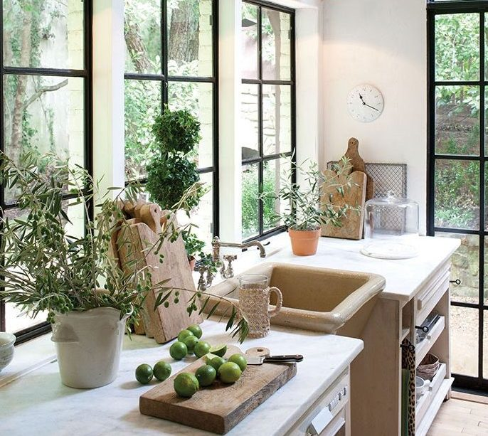 The Insider's Guide to Getting New Windows -Image From apartmenttherapy.com