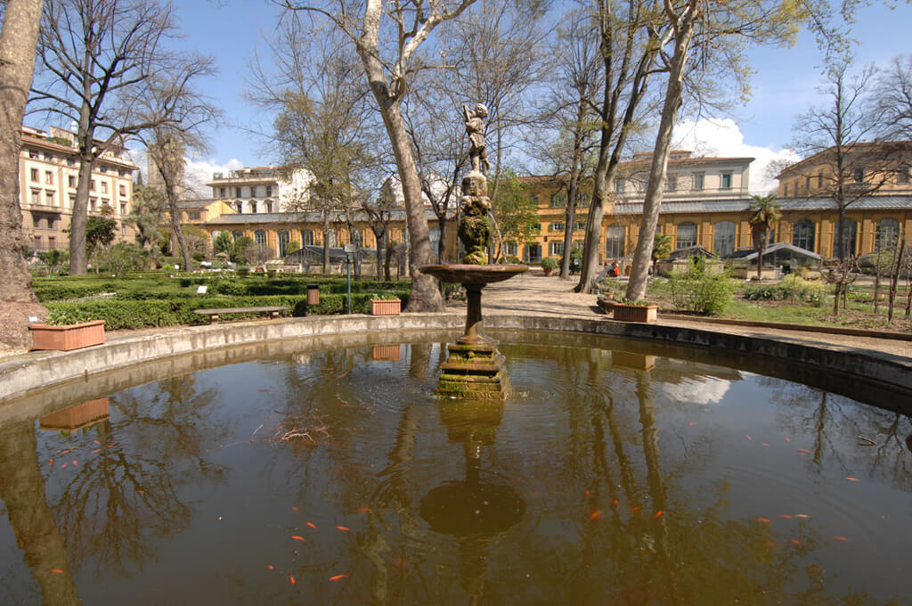 10 Of The Oldest Surviving Gardens In The World