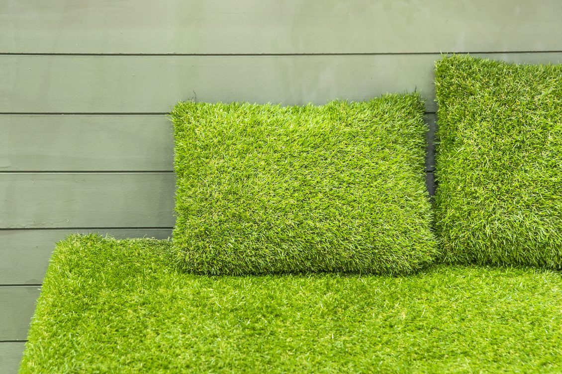 Creative Uses Of Fake Lawn - fake grass cushions