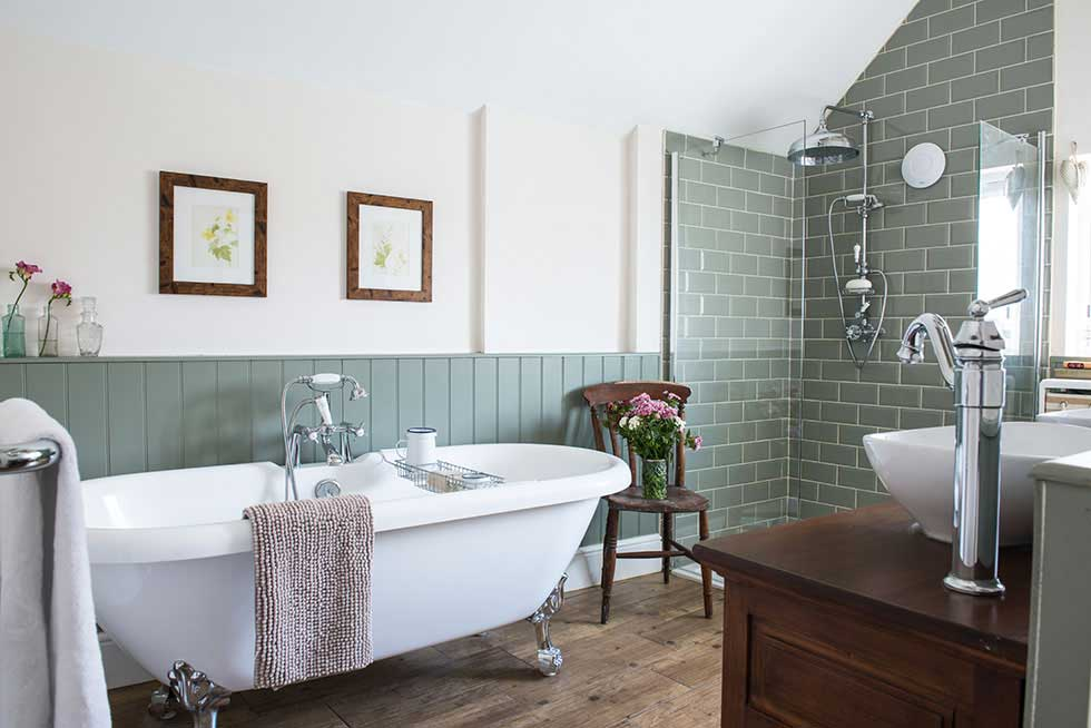 5 Top Tips To Avoiding Pitfalls In Your Search For A Dream Home - Image From PeriodLiving.co.uk