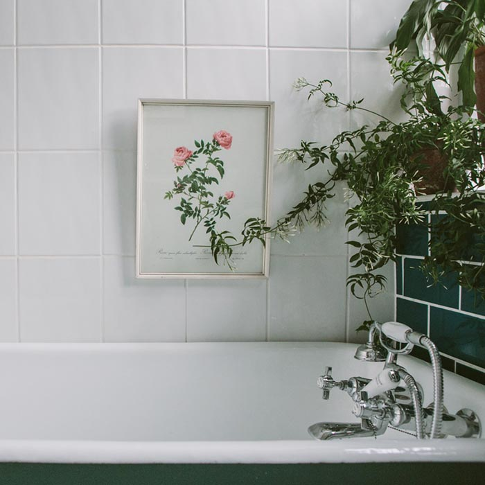 5 Expert (And Affordable) Ways to Create a Luxury Look in Your Bathroom - Image Credit - India Hobson - From bloglovin.com
