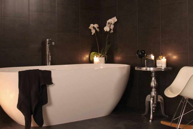 If you're looking for a classy, affordable alternative to tiles to revamp your bathroom, read on to discover how Swish Marbrex panels can help.