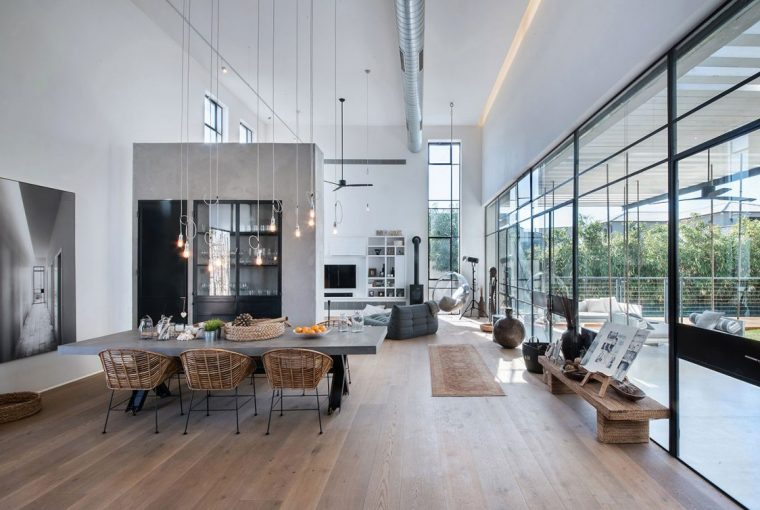 Why Concrete Will Be The Biggest Home Design Trend Of 2018 - Image Via - nh-arch.com - Savion Residence