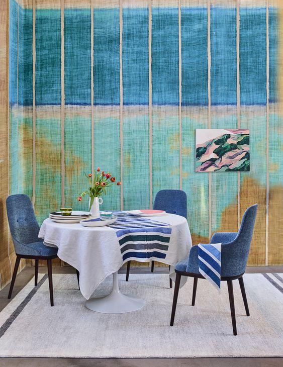 Guide to Hockney-inspired Interiors / By LivingEtc. Photo credit: Simon Bevan