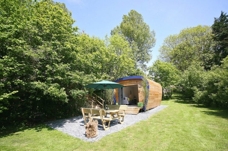 6 Reasons To Embark An A Glamping Holiday - Cedar Pod Plymouth